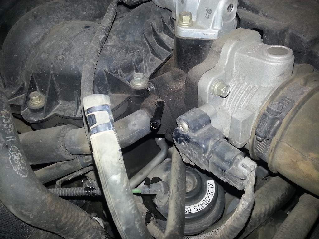 03 f150 4 2l v6 pcv valve with pictures ford f150 forum rh fordf150 net Ford 5.4 PCV Valve Location Ford 5.4 PCV Valve Location
